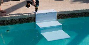 escalera de piscina para perros